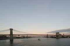 Brooklyn-und Manhattan-Brücke Lizenzfreie Stockfotografie