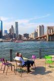 从Brookyln的看法在East河在纽约 库存照片