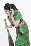 broom ее метельщик петь Стоковая Фотография RF