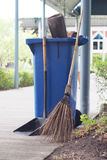 Broom ,dustpan and  rubbish bin Royalty Free Stock Photography