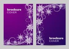 Broschürenschablonen-Plandesign Schönes Wintermuster auf violettem Hintergrund stockfotos