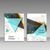 Broschürenschablonenplan, Abdeckungsdesignjahresbericht, Zeitschrift, Flieger oder Broschüre mit dreieckigem geometrischem Hinter Stockfoto