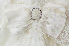 Brosche für ein Hochzeitskleid Lizenzfreies Stockbild
