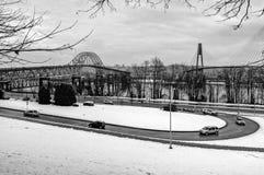 Brosikt efter snöfall arkivfoto