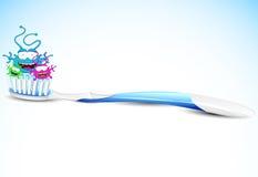 Brosse à dents avec des bactéries Images libres de droits