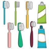 Brosse à dents et pâte dentifrice Photos libres de droits