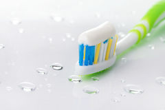 Brosse à dents verte Photos libres de droits