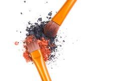 Brosse de lecture professionnelle de maquillage et isolant lâche de fards à paupières de poudre Image libre de droits