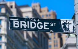 Brost, vägmärke i NYC Royaltyfri Bild