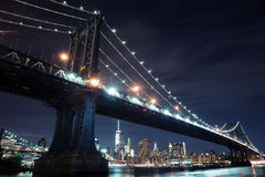 brostad manhattan New York arkivfoton