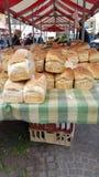 Brot für Verkauf im Markt Stockbild