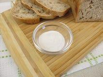 Brot gebacken mit Inulin stockbild
