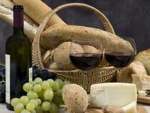 Brot-Käse und Wein 10 Stockfoto