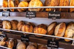 Brot loaes, die angezeigt werden lizenzfreies stockbild