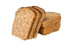 Brot mit der Rosine geschnitten durch Scheiben stockfotografie
