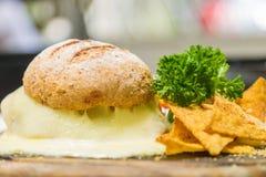 Brot mit Käse Lizenzfreies Stockfoto