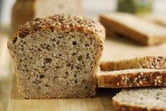 Brot mit Körnern Stockbild