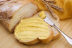 Brot mit Margarine Stockfoto