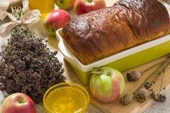 Brot mit Mohnblume Stockbild
