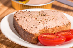 Brot mit Platte Lizenzfreie Stockbilder
