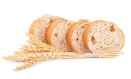 Brot mit Weizen stockfotografie