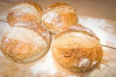 Brot rustikal Lizenzfreie Stockbilder
