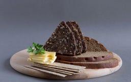 Brot und Käse Stockbild