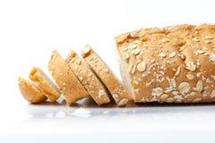 Brot vom Roggen- und Weizenmehl Stockfotos