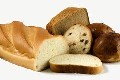 Brot wird auf Weiß getrennt Stockfoto
