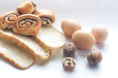 Brotgewürz in der Küche lizenzfreie stockfotos