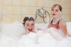 Brother and sister take a bath Royalty Free Stock Photography