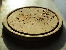 Brotkrumen auf einer Platte Lizenzfreie Stockbilder