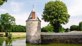 Brotorn av slottchateauen de Befläcka-sur-Loire Arkivbild