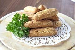 Brotstöcke besprüht mit Zucker Lizenzfreie Stockfotografie