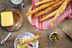 Brotstöcke mit Butter Lizenzfreies Stockbild