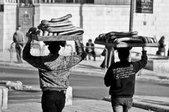 Brotverkäufer in Jerusalem, Israel Stockbilder