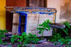 Brouette abandonnée Image libre de droits
