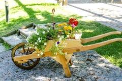 Brouette en bois stock photos royalty free images - Brouette bois decorative ...