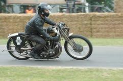 Brough przełożonego rocznika 1000 bieżny motocykl Obrazy Stock