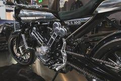 Brough Superieure motobike bij EICMA 2014 in Milaan, Italië Stock Foto