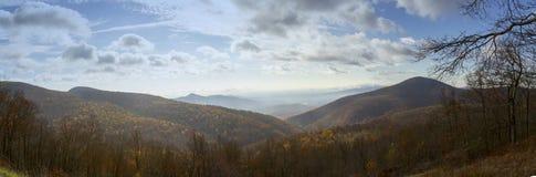 Brouillard au-dessus de la vallée de Shenandoah Images stock