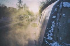 Brouillard d'hiver de début de la matinée Image libre de droits