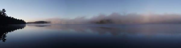 Brouillard de panorama Photos stock