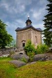 BROUMOV, republika czech - MAJ 28, 2009: The Star kaplica w wzgórzach nad miasteczko Broumov zdjęcie stock