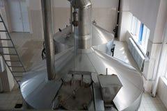 Brouwende productie - de brouwerij van brijvaten, hoogste mening Royalty-vrije Stock Afbeeldingen