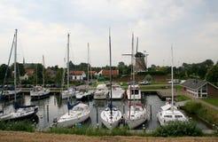 Brouwershaven малый город на Grevelingen в голландской провинции Зеландии Стоковое Изображение RF