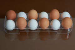 Brovn ed uova bianche Immagini Stock