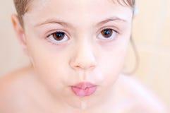 Brown-Augen eines Kindes Lizenzfreies Stockbild