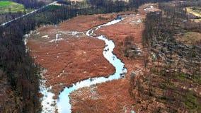 Brown bagna i błękitna rzeka, widok z lotu ptaka zbiory