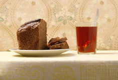 Brown bread and tea Royalty Free Stock Image